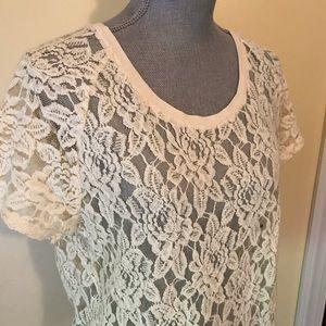 Express lace tee shirt